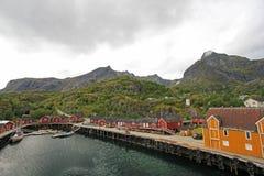 Peu de village Nusfjord, îles de Lofoten, Norvège, l'Europe photo stock
