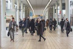 Peu de visite 2015, échange international de personnes de tourisme à Milan, Italie Images stock