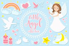 Peu jeu de caractères de fille d'ange des objets Collection d'élément de conception avec des anges, cupidon, nuages, coeurs, colo photo stock