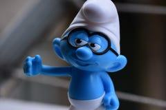 Peu Smurfs bleu, verres Smurf images libres de droits
