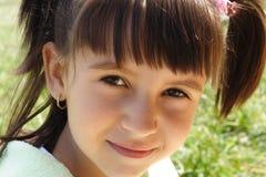Peu sourient Photographie stock libre de droits