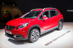 Peugeot övergångsbil 2008 Arkivfoto