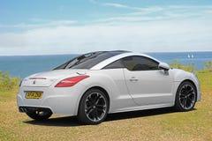 Peugeot bawi się coupe rcz zdjęcia royalty free