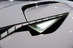 Peugeot Fractal στενός επάνω προβολέων αυτοκινήτων Στοκ Εικόνες