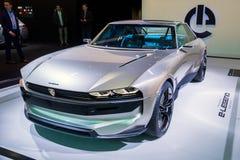 Peugeot legendy pojęcia retro autonomiczny samochód zdjęcie stock