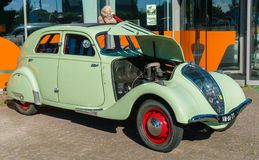 Peugeot 402 Oldtimer Arkivfoton