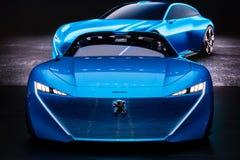 Peugeot pojęcia Instynktowy autonomiczny samochód obrazy royalty free