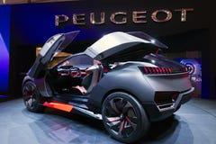 Peugeot pojęcia Kwarcowy samochód zdjęcie royalty free