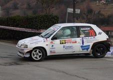 Peugeot 106 racerbil Arkivfoton