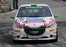 Peugeot 208 samochód wyścigowy podczas rasy zdjęcie stock