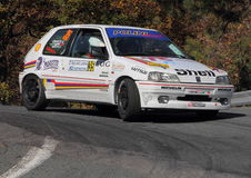 Peugeot 106 under 32na ° samlar lyktan Royaltyfria Foton