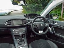 Peugeot 308 2016 wnętrzy fotografia stock