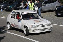 Peugeot 205 zlotny ścigać się Fotografia Stock