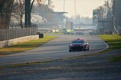 Peugeot 207 zlotny samochód przy Monza fotografia royalty free