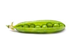 Peulen van verse groene erwten Stock Foto