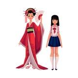 Peuple japonais - geisha dans le kimono historique et l'écolière typique Photo stock