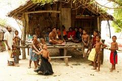 Peuple mélanésien de la Papouasie-Nouvelle Guinée Photographie stock libre de droits