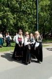 17 peuvent des filles d'og de groupe d'Oslo Norvège Image libre de droits