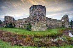 Pevensey slott, östliga Sussex, England arkivbild