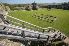 Pevensey slott i östliga Sussex royaltyfri foto
