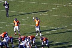Peyton Manning Raising het dak Stock Afbeeldingen
