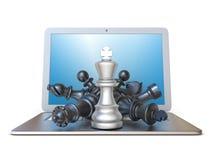 Pezzi degli scacchi sulla vista frontale 3D del computer portatile aperto Fotografia Stock