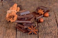 Pezzi di cioccolato fondente Fotografie Stock Libere da Diritti