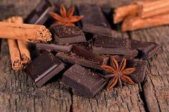 Pezzi di cioccolato fondente Immagini Stock Libere da Diritti