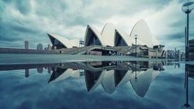 Pezzo 2019 di arte di Sydney del teatro dell'opera di riflessione immagini stock libere da diritti