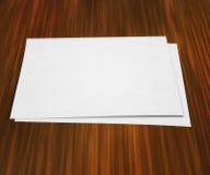Pezzo di carta sulla Tabella fotografia stock
