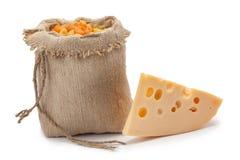 Pezzo di sacco del formaggio con pasta Immagini Stock