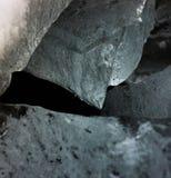 Pezzo tagliente del ghiaccio immagini stock libere da diritti