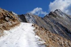 Pfad zum Gipfel stockbilder