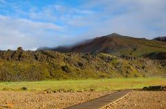 Pfad zum heißen Frühling, Landmannalaugar, Island Stockfoto