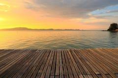 Pfadmethode, Sonnenaufgang zu sehen Lizenzfreie Stockfotografie