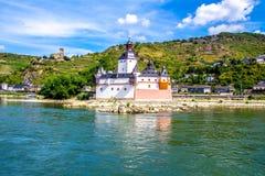 Pfalzgrafenstein城堡,在莱茵河riv的Falkenau海岛上 库存照片