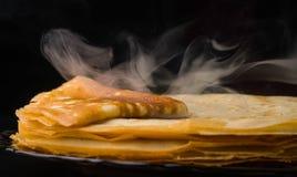 pfannkuchen Dünne Pfannkuchen Russisches bliny maslenitsa, Blini, Frühstück, Krepp, Honig, Gebäck, Stapel, Pfannkuchen, Russe, Hi Lizenzfreies Stockfoto