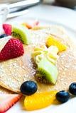 Pfannkuchen der frischen Frucht. Lizenzfreie Stockbilder