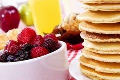 Pfannkuchen-Frühstück lizenzfreies stockbild