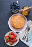 Pfannkuchen für Brunchbestandteile Stockfoto