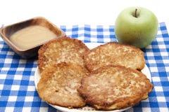 Pfannkuchen klar gebacken stockfotografie