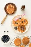 Pfannkuchen mit Blaubeeren Stockbilder