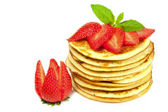 Pfannkuchen mit Erdbeeren Stockfotos