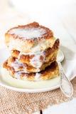 Pfannkuchen mit Kondensmilch lizenzfreies stockbild