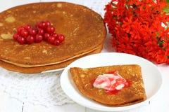 Pfannkuchen mit Korinthen lizenzfreies stockbild