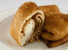 Pfannkuchen mit Sahne Stockfoto