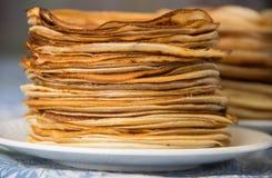 Pfannkuchen, russische Küche Stockfotos