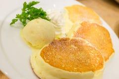 Pfannkuchen zum Nachtisch Stockbild
