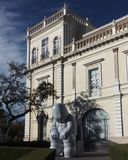 Pfarrhausgebäude lizenzfreie stockfotografie