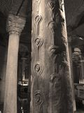 Pfau-Spalte, Basilika-Zisterne Stockfotos